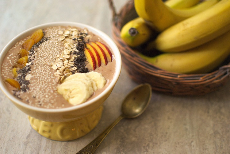 smoothie Bananowo-daktylowe smoothie bowl