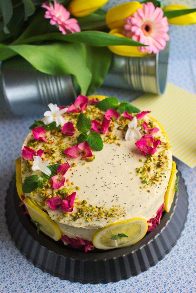 tort-686x1024 Tort cytrynowy z makiem i lemon curd