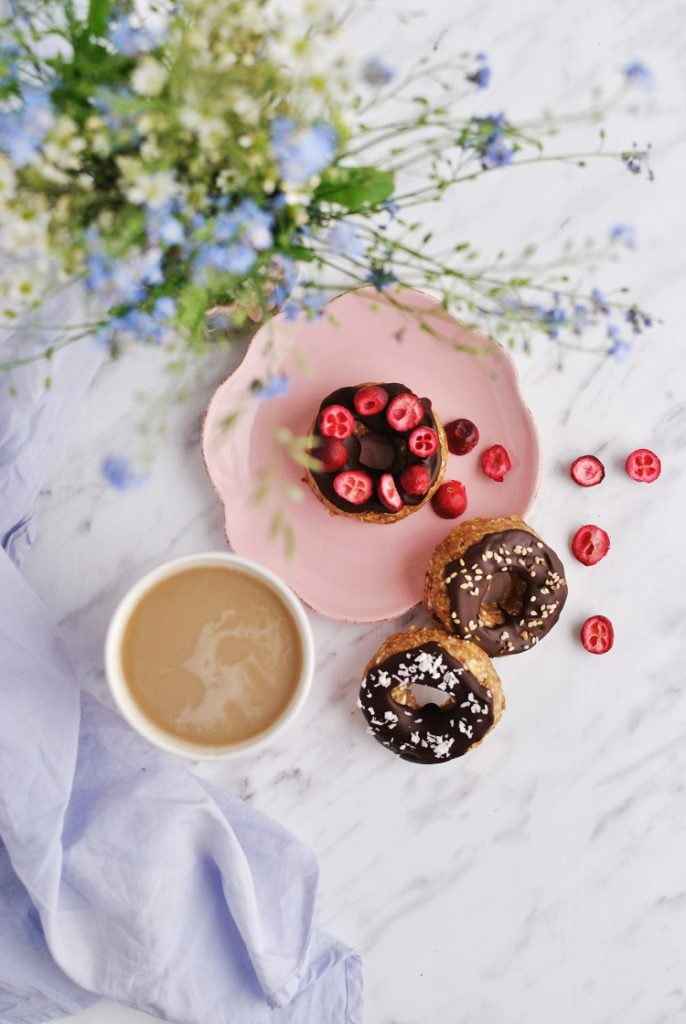Śniadaniowe donuty z czekoladą