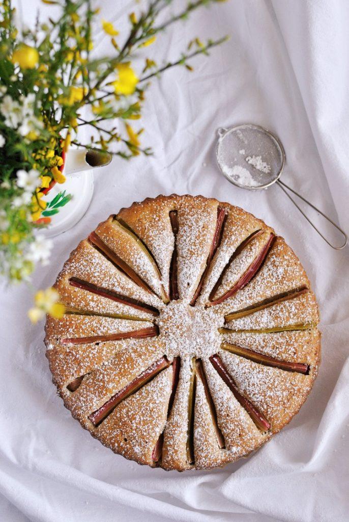 ciasto-z-rabarbarem-686x1024 Ciasto orkiszowe z rabarbarem