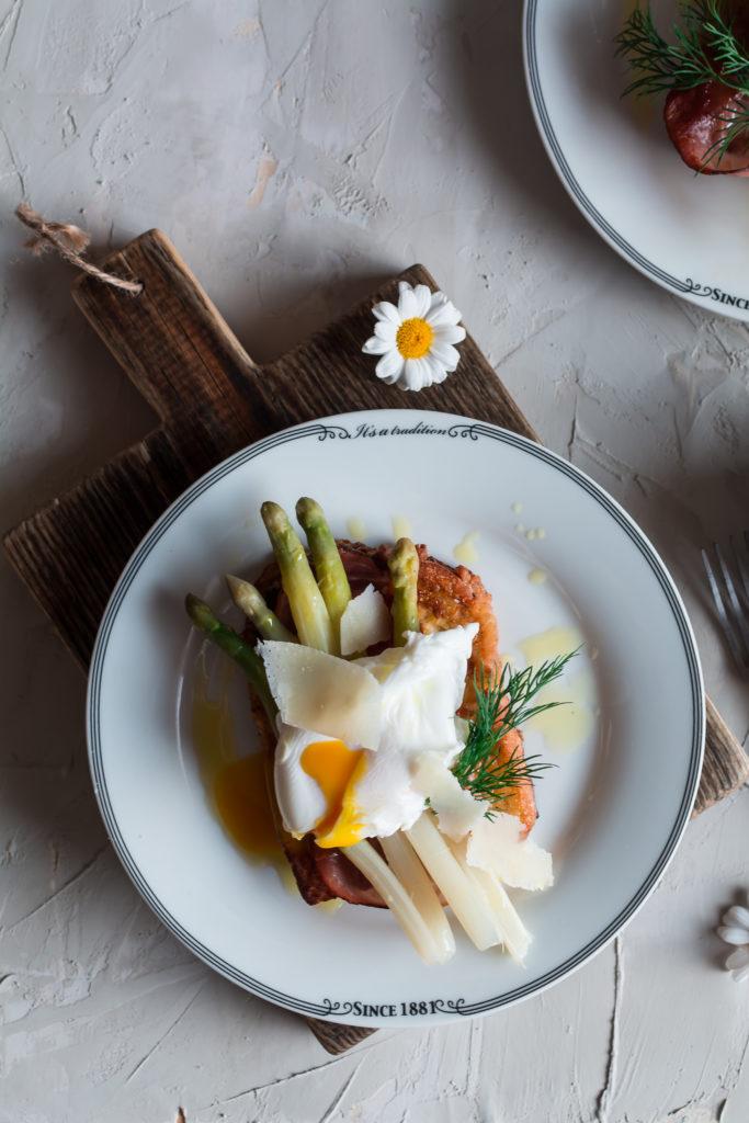 DSC_0591-2-683x1024 Tosty francuskie ze szparagami i jajkiem w koszulce