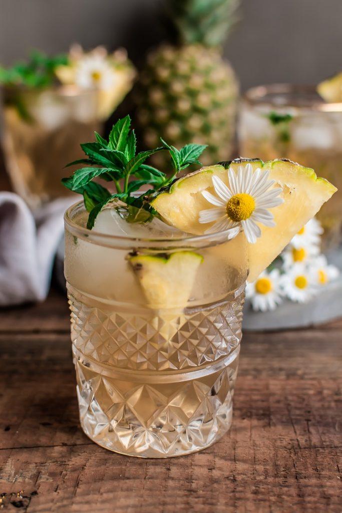 DSC_1727-683x1024 Mrożona herbata ananasowa