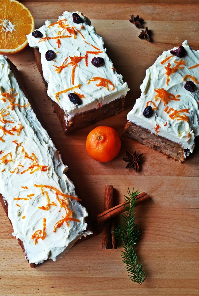 marchewka-3-690x1024 Ciasto marchewkowe Jamiego Olivera