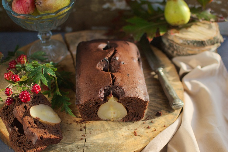 ciasto-czekoladowe Ciasto czekoladowe z gruszkami