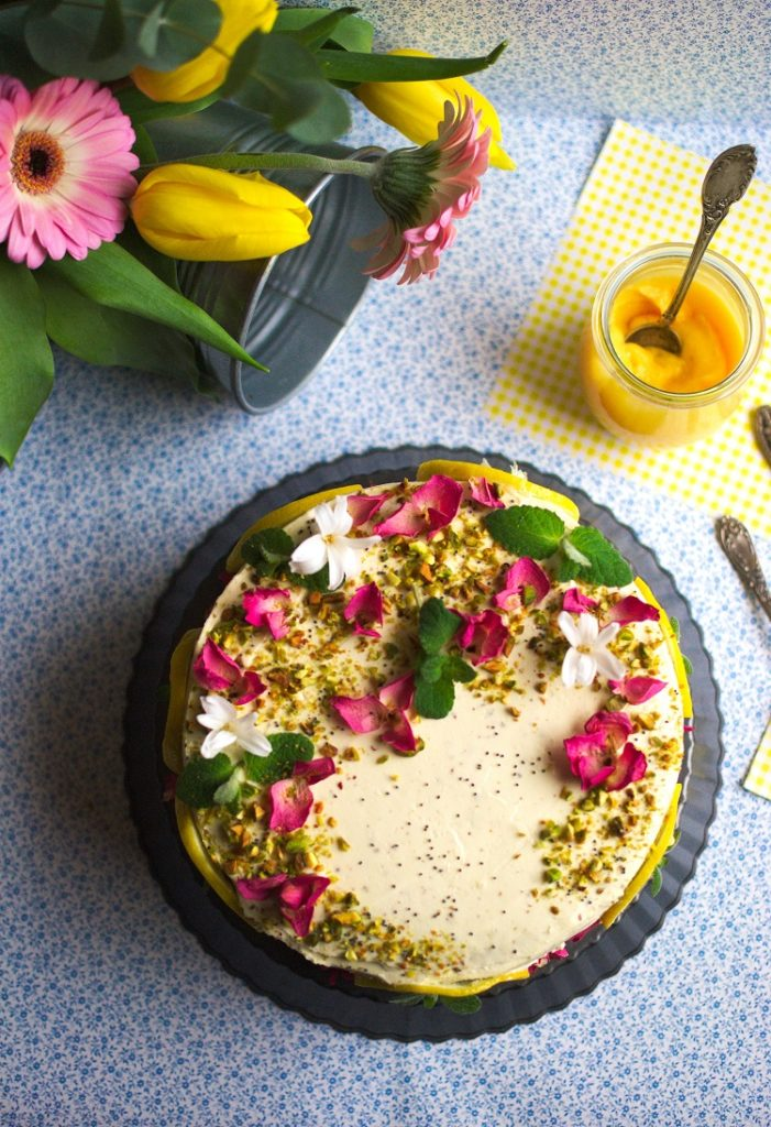Tort cytrynowy z makiem i lemon curd