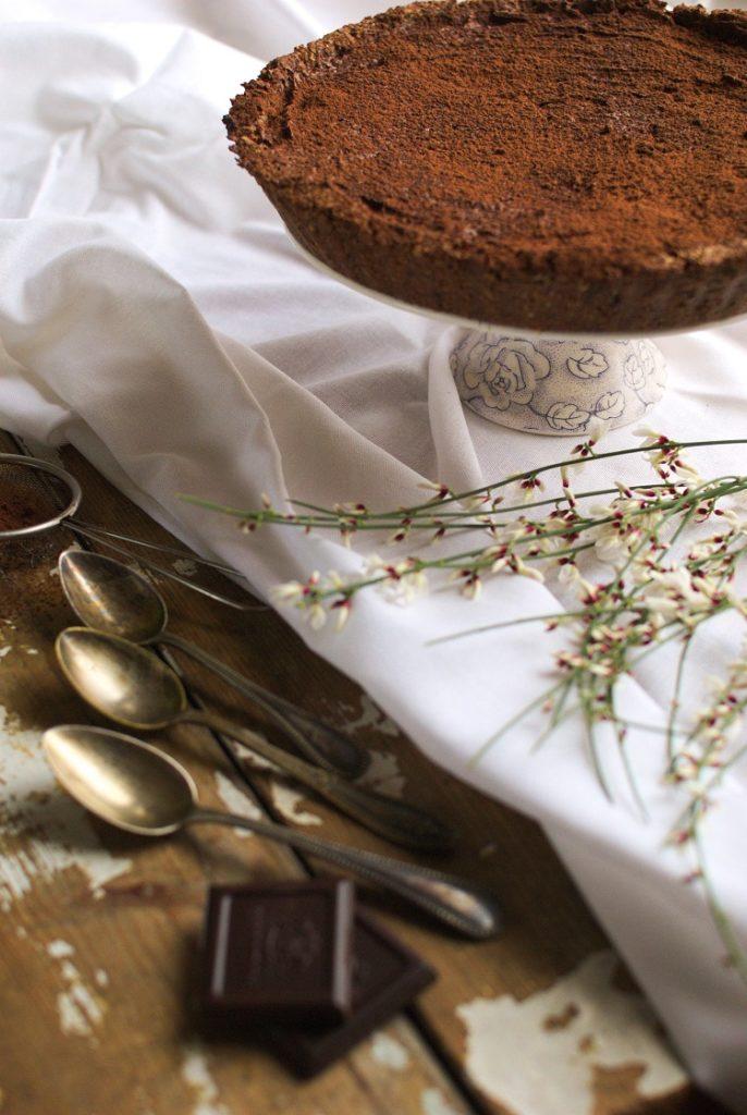 czekoladowa-tarta-686x1024 Wegańska tarta czekoladowa z wiśniami