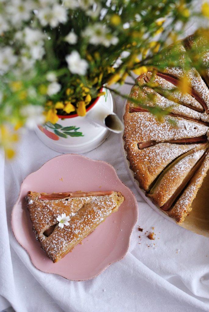 orkiszowe-ciasto-686x1024 Ciasto orkiszowe z rabarbarem