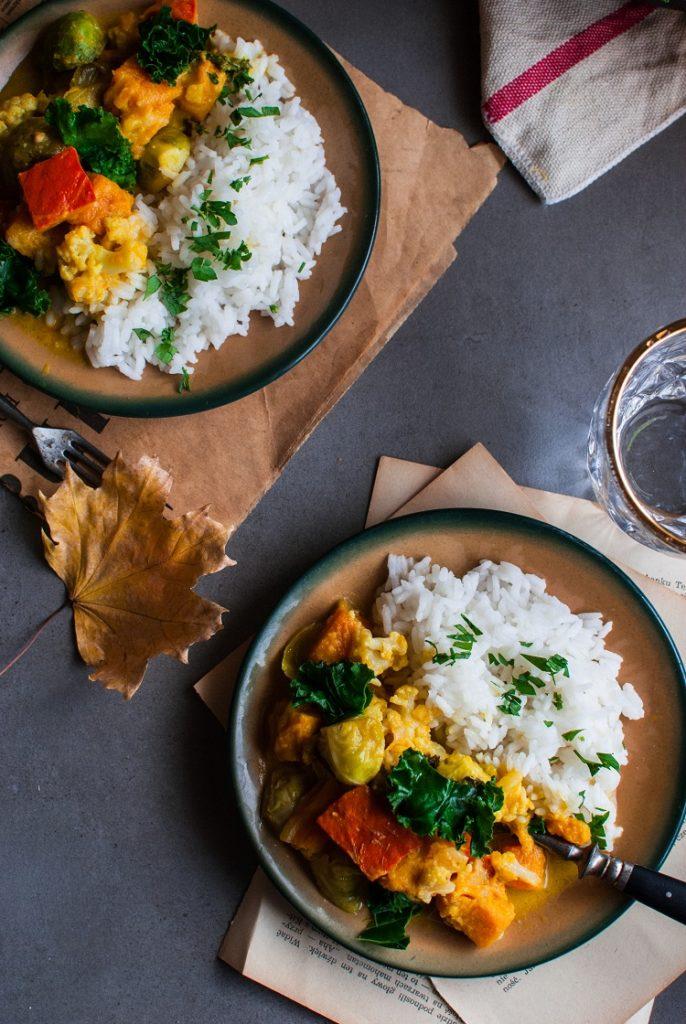 DSC_2732-686x1024 Jesienne curry z dynią, jarmużem i kalafiorem