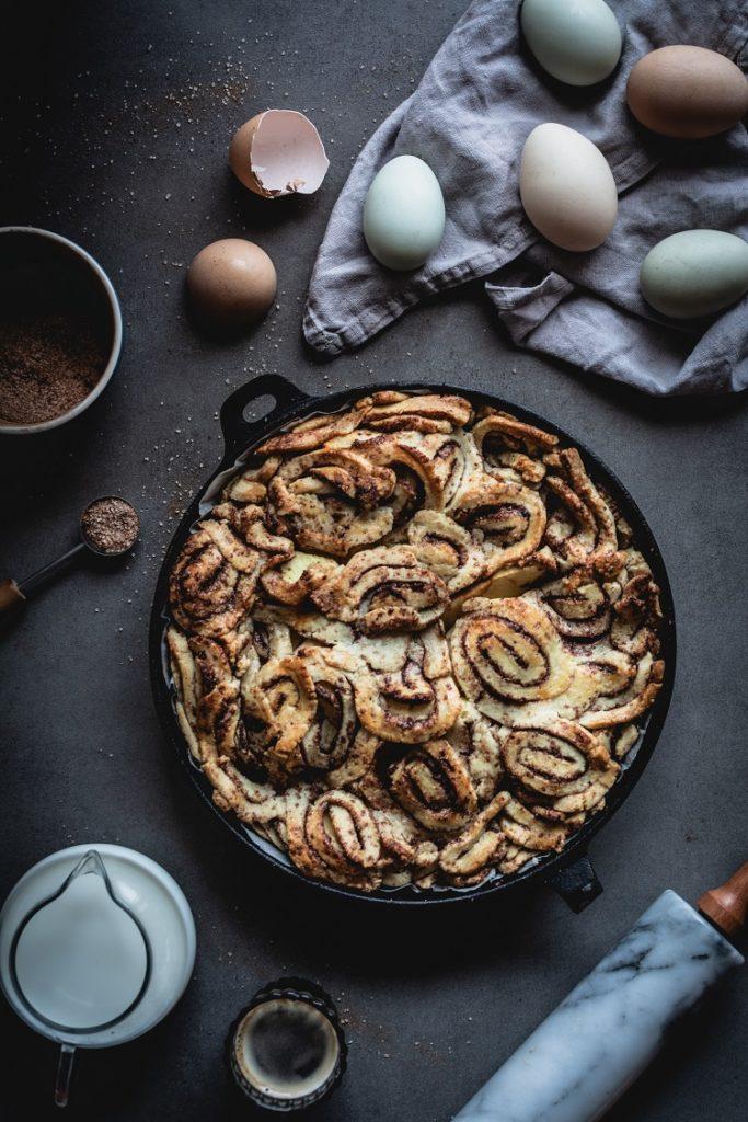 Ciasto z jabłkami cinnamon rolls