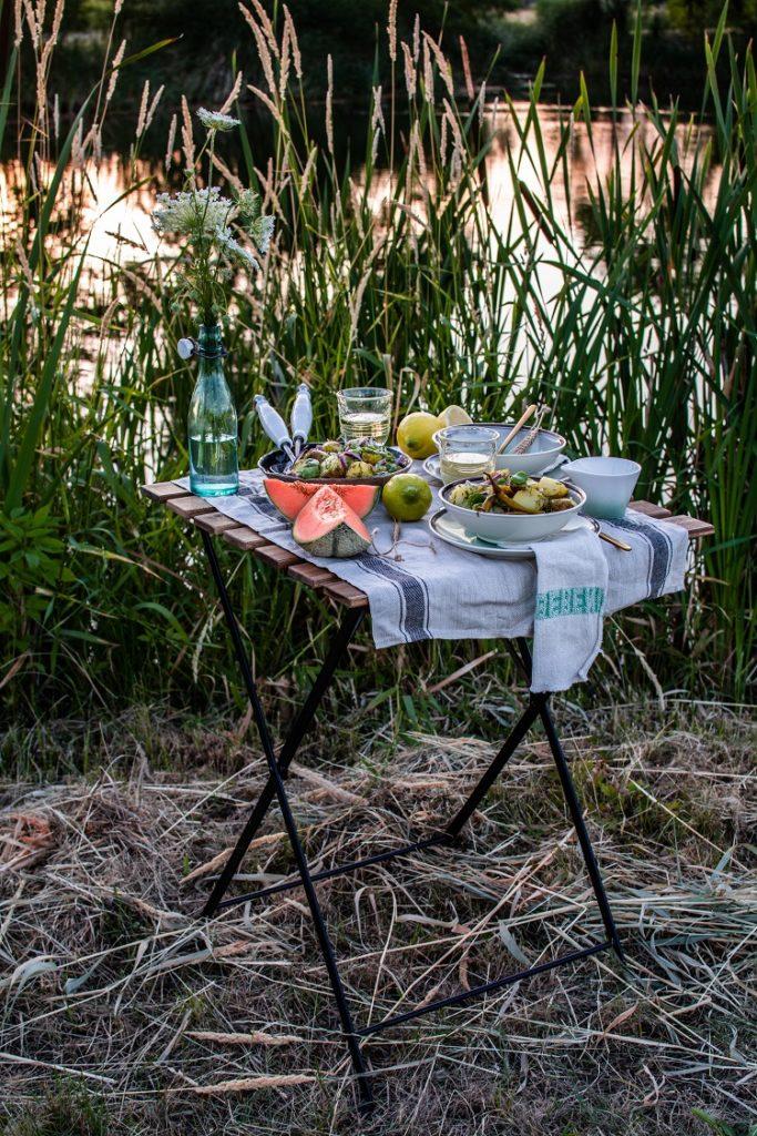Letnia sałatka z bobem i dressingiem cytrynowym