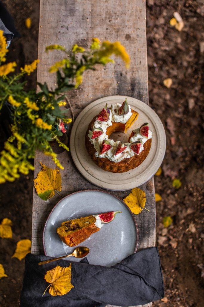 Ciasto dyniowe z figami i orzechami laskowymi